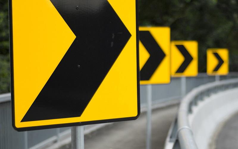 Highway arrows